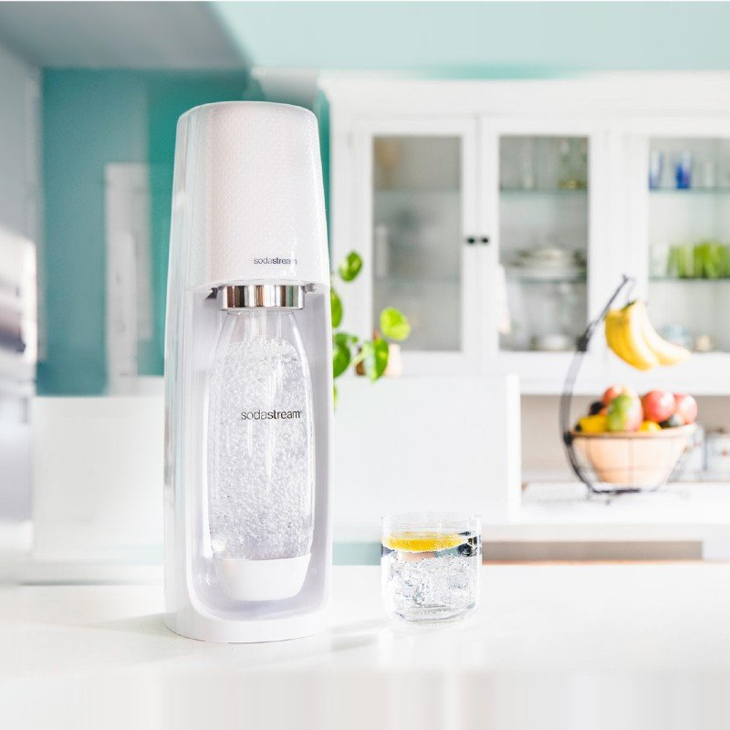SodaStream Fizzi Sustainable Living Sparkling Water Maker (1)