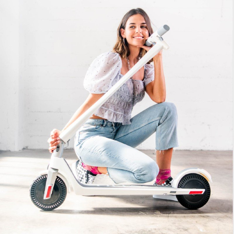 Unagi Stylish Adult E-Scooter